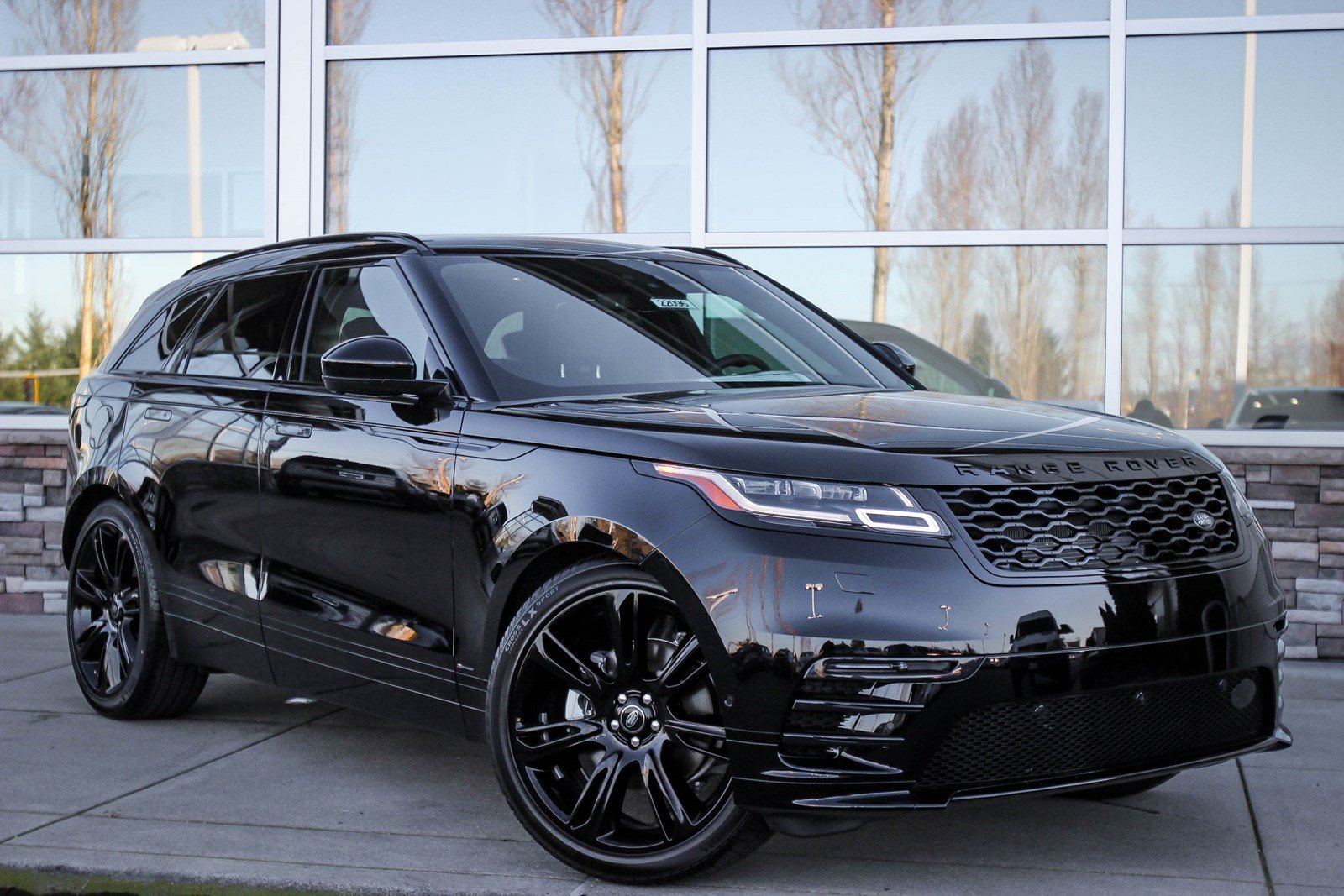 new 2018 land rover range rover velar r dynamic hse sport utility in lynnwood 22096 land. Black Bedroom Furniture Sets. Home Design Ideas